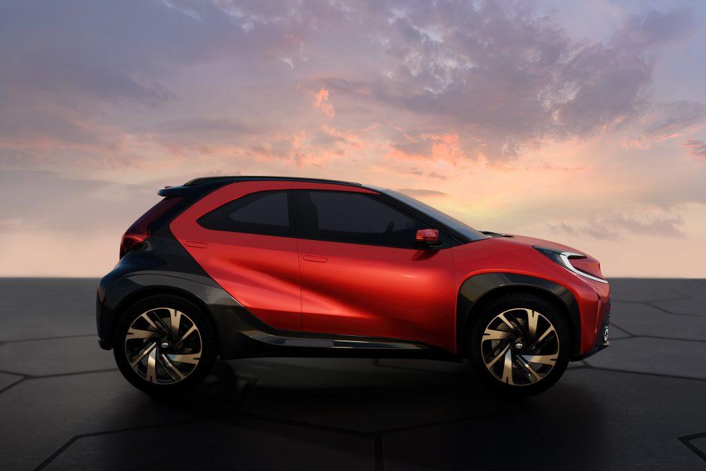 Bu görsel boş bir alt niteliğe sahip; dosya adı Toyota-Aygo-X-prologue-3-1024x683.jpg