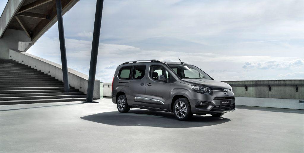Bu görsel boş bir alt niteliğe sahip; dosya adı Toyota-Proace-City-3-1024x515.jpg