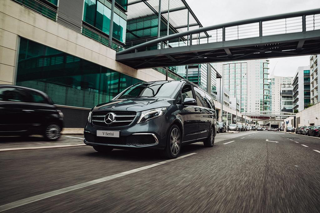 Bu görsel boş bir alt niteliğe sahip; dosya adı Yeni-Mercedes-Benz-V-Serisi_01.jpg