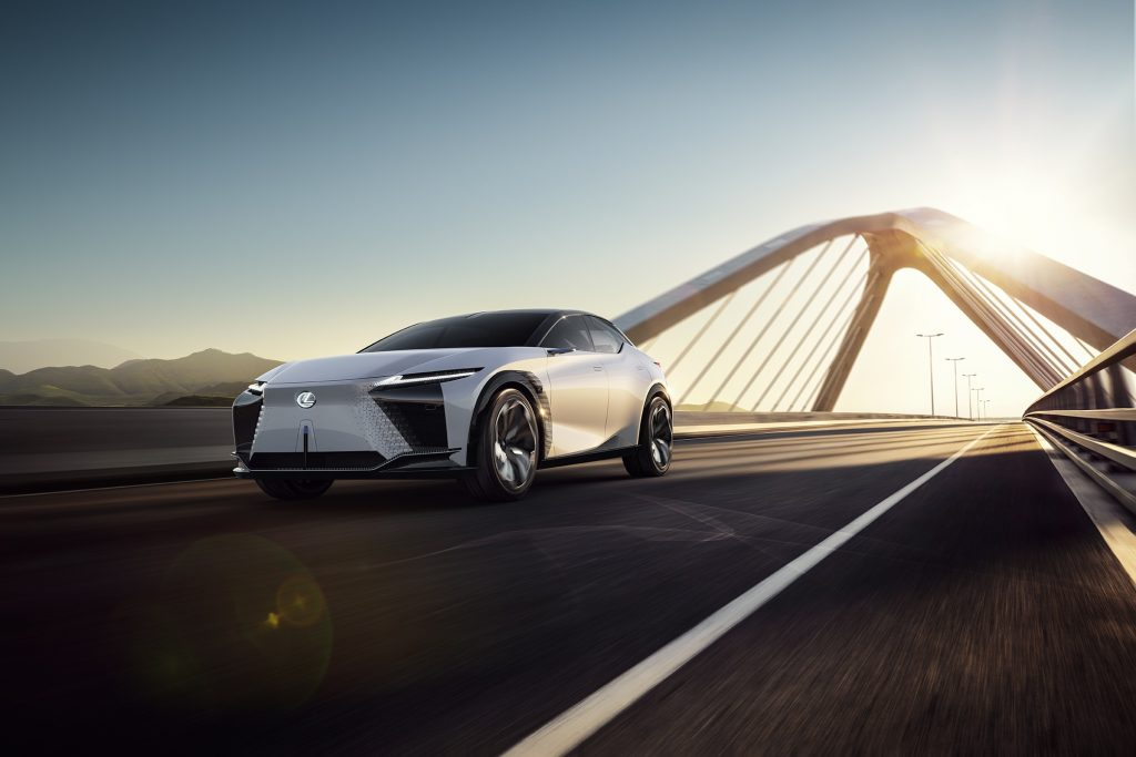 Bu görsel boş bir alt niteliğe sahip; dosya adı Lexus-2025e-Kadar-20-Elektrik-Motorlu-Model-Tanitacak-1-1024x683.jpg