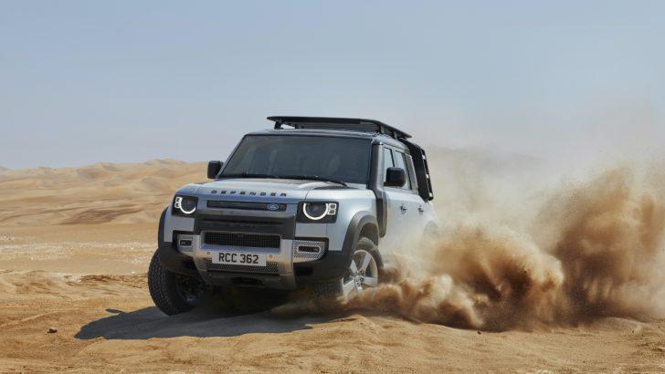 Yeni Land Rover Defender'a Dünyada Yılın En İyi Tasarıma Sahip Aracı Ödülü