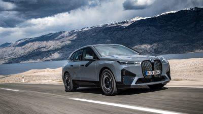 BMW İX elektrikli mobilitenin standartlarını belirlemeye geliyor