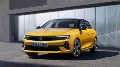 Opel Astra tamamen yenilendi